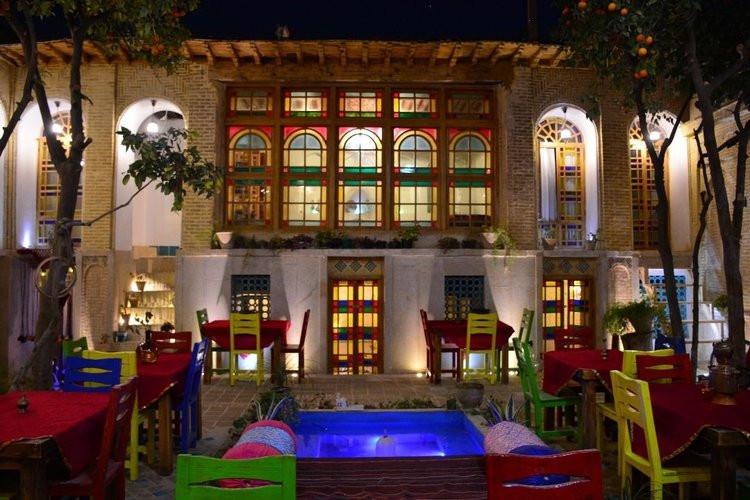 عکس اقامتی از جنس سال های دور در شیراز