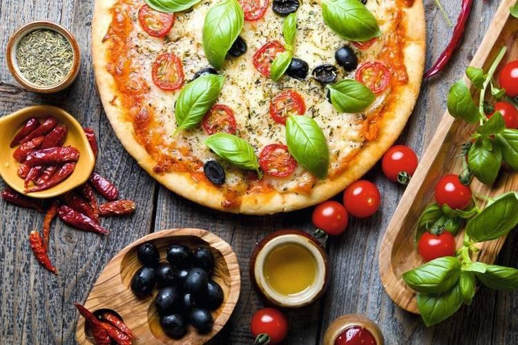 عکس عطر و طعم غذاهای ایتالیایی در اصفهان