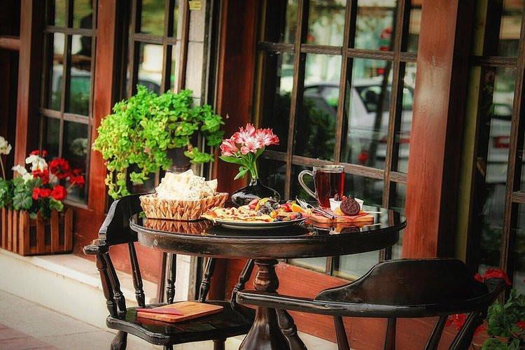 عکس گذری بر کافه های معروف شیراز