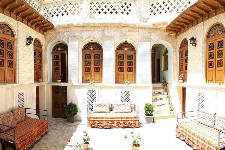 عکس اقامتگاه سنتی سپهری شیراز