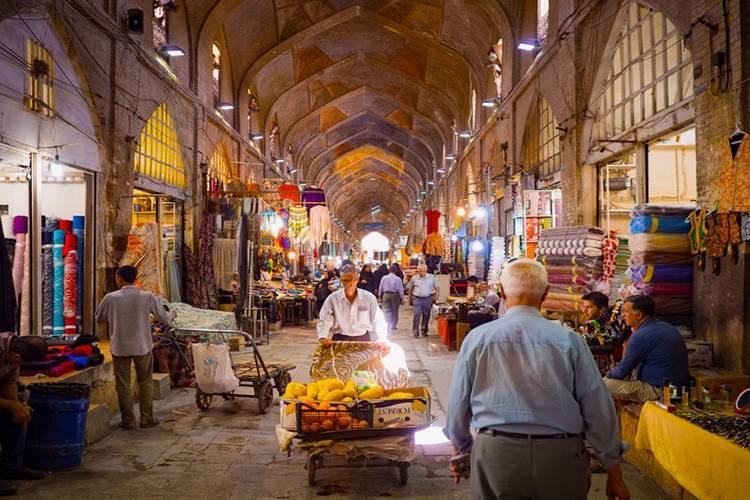 عکس بازار وکیل شیراز