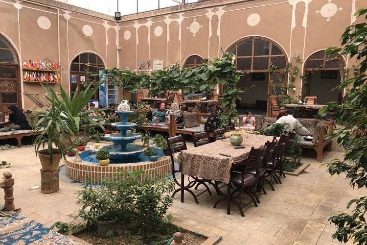 عکس رستوران ترمه و ترنج یزد