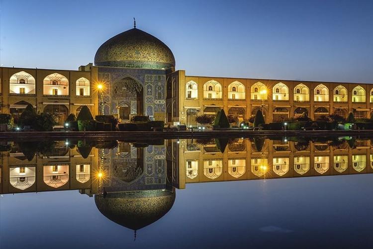 عکس مسجد شیخ لطف اله اصفهان