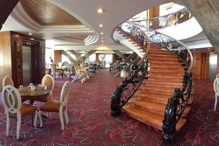 عکس هتل بزرگ شیراز