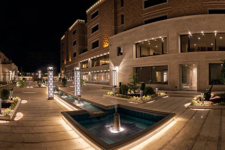 عکس هتل زندیه شیراز