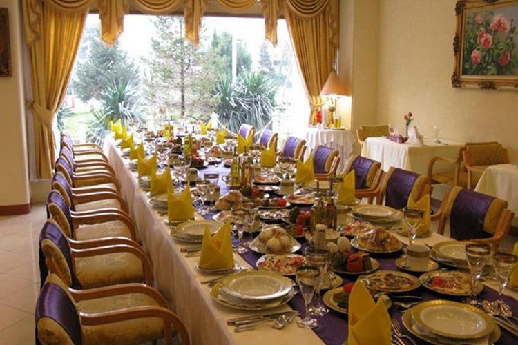 عکس هتل پارسیان استقلال