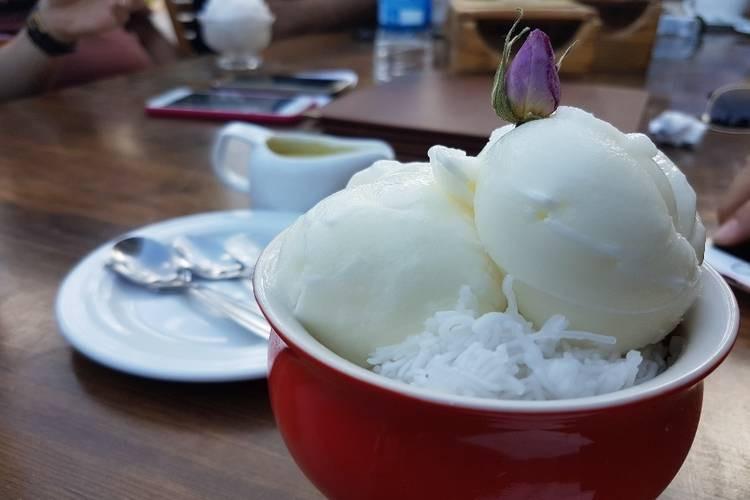 عکس کافی شاپ عمارت شاپوری شیراز
